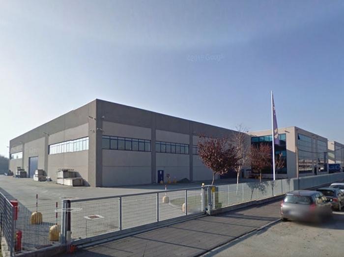 Vendita capannone industriale arcore for Planimetrie capannone